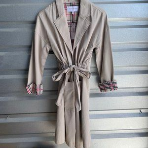 Cupcakes and Cashmere Latte Trench